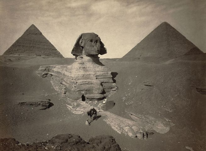 800px-Sphinx_partially_excavated2