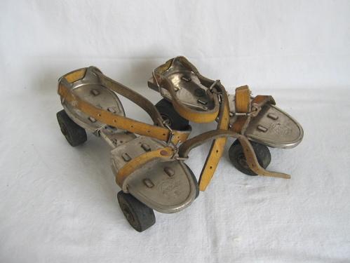 strap on skates